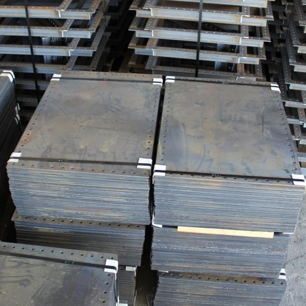 Wifco Steel Products Custom Fabricated Cleanout Covers Packaged (25 ea.)